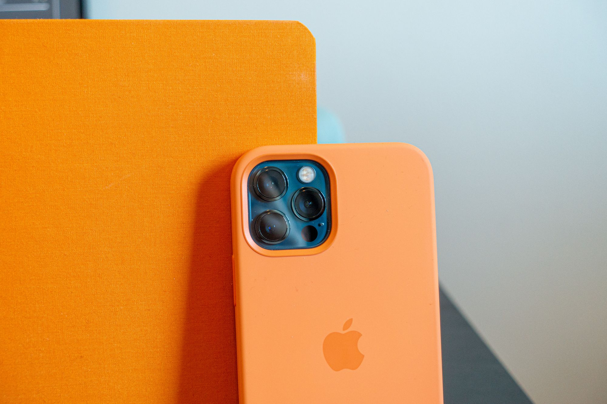 The Kunquat silicon case looks awesome with the blue iPhone